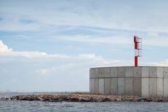 Πύργος φάρων στην κλειδαριά 2 του φράγματος Η Αγία Πετρούπολη Στοκ Εικόνες