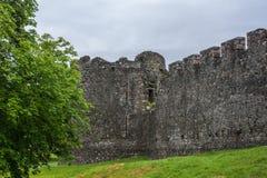 Πύργος Comyn και έπαλξεις Inverloch Castle, Σκωτία Στοκ φωτογραφίες με δικαίωμα ελεύθερης χρήσης