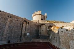 Πύργος Minceta στο φρούριο στο παλαιό μέρος της πόλης Dubrovnik, Κροατία Στοκ φωτογραφίες με δικαίωμα ελεύθερης χρήσης