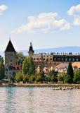 Πύργος Ouchy στον περίπατο λιμνών της Γενεύης στη Λωζάνη Στοκ εικόνες με δικαίωμα ελεύθερης χρήσης