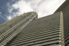 Πύργος Petronas από το downview Στοκ Φωτογραφία