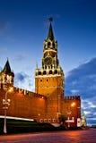 Πύργος Spasskaya τη νύχτα Στοκ Εικόνες
