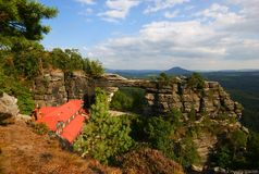 Πύλη βράχου Στοκ εικόνα με δικαίωμα ελεύθερης χρήσης