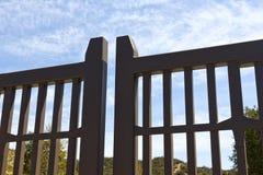 Πύλη γειτονιάς στενή Στοκ Φωτογραφία