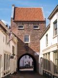 Πύλη πόλεων στην ενισχυμένη κωμόπολη Woudrichem, Κάτω Χώρες Στοκ εικόνα με δικαίωμα ελεύθερης χρήσης