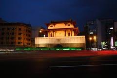 Πύλη πόλεων του Ταϊνάν Dongmen Στοκ Φωτογραφίες