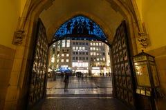 Πύλη σε Cityhall Στοκ εικόνες με δικαίωμα ελεύθερης χρήσης