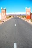 πύλη στο χωριό του Μαρόκου φαραγγιών todra Στοκ Φωτογραφία
