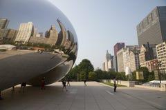 Πύλη σύννεφων ή το φασόλι στο Millennium Park του Σικάγου Στοκ εικόνες με δικαίωμα ελεύθερης χρήσης