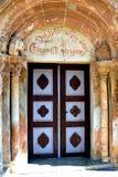 Πύλη της μεσαιωνικής ενισχυμένης εκκλησίας σε Avrig, Sibiu, Τρανσυλβανία Στοκ εικόνες με δικαίωμα ελεύθερης χρήσης
