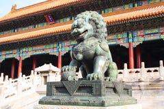 Πύλη των λιονταριών χαλκού Στοκ φωτογραφία με δικαίωμα ελεύθερης χρήσης