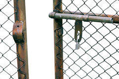 Πύλη φρακτών αλυσίδα-συνδέσεων Στοκ Εικόνες