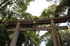 Πύλη Torii από κάτω από Στοκ Φωτογραφία