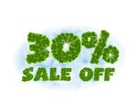 Πώληση άνοιξη 30 τοις εκατό μακριά Επιστολές και αριθμοί από τα φύλλα σφενδάμου σε ένα θεϊκό υπόβαθρο με την επίδραση του bokeh κ Στοκ Εικόνες