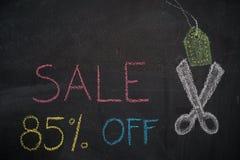 Πώληση 85% μακριά στον πίνακα κιμωλίας Στοκ φωτογραφία με δικαίωμα ελεύθερης χρήσης