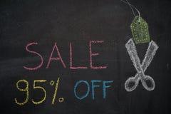 Πώληση 95% μακριά στον πίνακα κιμωλίας Στοκ φωτογραφίες με δικαίωμα ελεύθερης χρήσης