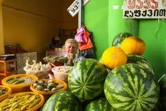 Πώληση των αγροτικών προϊόντων στην κεντρική αγορά τροφίμων Στοκ εικόνες με δικαίωμα ελεύθερης χρήσης