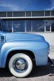 Πλάγια όψη του αμερικανικού αυτοκινήτου Στοκ φωτογραφία με δικαίωμα ελεύθερης χρήσης