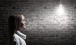 Πλάγια όψη του κοριτσιού Στοκ φωτογραφίες με δικαίωμα ελεύθερης χρήσης