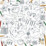 Πλάσματα θάλασσας, παιδί που σύρουν το άνευ ραφής υπόβαθρο με τα μολύβια χρώματος Στοκ εικόνα με δικαίωμα ελεύθερης χρήσης