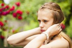 Πλάτη λουλουδιών κοριτσιών Στοκ Εικόνες