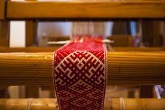 Πλέκοντας λετονικές διακοσμήσεις Στοκ Εικόνα