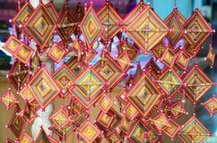 Πλέκοντας κινητή ταϊλανδική τέχνη βαμβακιού τσιγγελακιών και ύφανσης Στοκ φωτογραφία με δικαίωμα ελεύθερης χρήσης