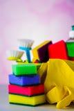 Πλένοντας και καθαρίζοντας εξοπλισμός, σύνολο καθαρισμού Στοκ φωτογραφίες με δικαίωμα ελεύθερης χρήσης
