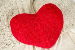 Πλέξτε την ημέρα βαλεντίνων ` s καρδιών Στοκ εικόνες με δικαίωμα ελεύθερης χρήσης