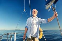 Πλέοντας καπετάνιος ατόμων Στοκ Εικόνες