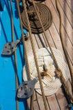 Πλέοντας πλοίο καταστρωμάτων υποβάθρου Στοκ εικόνες με δικαίωμα ελεύθερης χρήσης