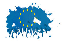 Πλήθος εορτασμού με τη σημαία της Ευρωπαϊκής Ένωσης Στοκ Εικόνα