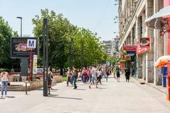 Πλήθος των πολυάσχολων ανθρώπων που πηγαίνουν να εργαστεί Στοκ φωτογραφία με δικαίωμα ελεύθερης χρήσης