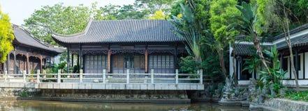 Πλήρης - άποψη του αρχαίου κινεζικού ξύλινου σπιτιού Στοκ Εικόνα