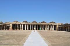 Πλήρης - άποψη Sarkhej Roza, Ahmedabad Στοκ Εικόνες