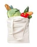 Πλήρης τσάντα παντοπωλείων με τα τρόφιμα Στοκ Φωτογραφία