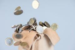 Πλήρης τσάντα των νομισμάτων Στοκ φωτογραφίες με δικαίωμα ελεύθερης χρήσης