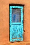 Πλίθα και πόρτα Στοκ εικόνα με δικαίωμα ελεύθερης χρήσης