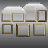 Πλαίσια για τις φωτογραφίες και τις εικόνες του χρυσού χρώματος Στοκ φωτογραφία με δικαίωμα ελεύθερης χρήσης