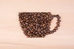 Πλαίσιο καφέ φλυτζανιών φιαγμένο από φασόλια καφέ Στοκ Εικόνα