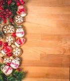 Πλαίσιο μπισκότων Χριστουγέννων ή βαλεντίνων με το κενό διάστημα για το κείμενο σχεδίου Βαλεντίνοι, νέα μπισκότα μελοψωμάτων έτου Στοκ εικόνες με δικαίωμα ελεύθερης χρήσης