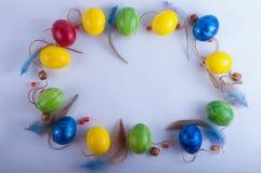 Πλαίσιο Πάσχας από τα πολύχρωμα αυγά Στοκ εικόνα με δικαίωμα ελεύθερης χρήσης