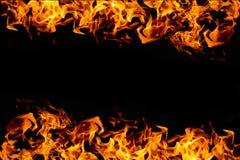 Πλαίσιο πυρκαγιάς στο σκοτάδι για το υπόβαθρο Στοκ Εικόνες