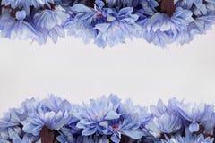 Πλαίσιο σχεδίου λουλουδιών - θέμα με τα λουλούδια Στοκ Εικόνες