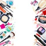 Πλαίσιο του διακοσμητικού καλλυντικού διάφορου watercolor Προϊόντα Makeup απεικόνιση αποθεμάτων
