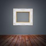 Πλαίσιο φωτογραφιών στο εκλεκτής ποιότητας δωμάτιο Στοκ Φωτογραφία