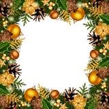 Πλαίσιο Χριστουγέννων με τις χρυσές διακοσμήσεις επίσης corel σύρετε το διάνυσμα απεικόνισης Στοκ εικόνα με δικαίωμα ελεύθερης χρήσης