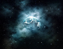 Πλανήτης Γη με τον ήλιο που αυξάνεται στο μακρινό διάστημα στον τομέα αστεριών Στοκ εικόνα με δικαίωμα ελεύθερης χρήσης