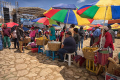 Πλανόδιοι πωλητές κατά τη διάρκεια της γιορτής Villa de Leyva Στοκ Φωτογραφίες