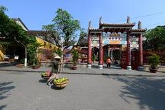 Πλανόδιος πωλητής στην αρχαία πόλη Hoian, Βιετνάμ Στοκ Εικόνα